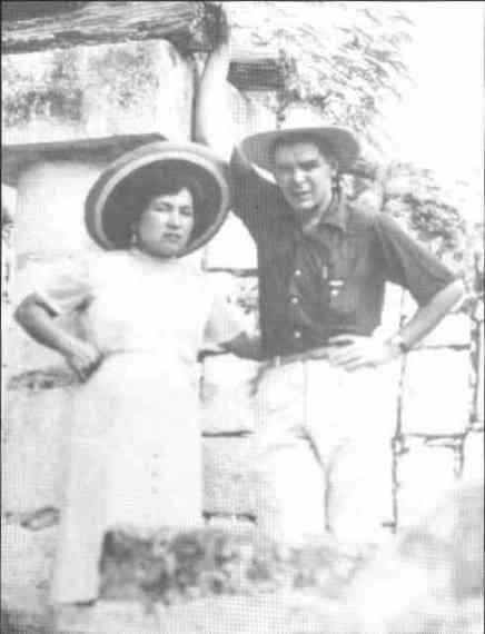 Ernesto Guevara con su primera esposa, Hilda Gadea.