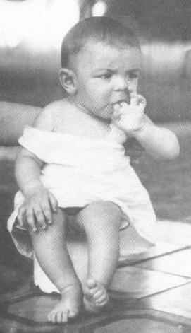 Ernesto Guevara at 2 years old.