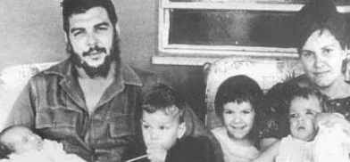 The last photo with his family. From left to right: Ernesto (the minor son), Che Guevara, Camilo, Aleida (the first daughter), Celia (the minor daughter) and his wife Aleida March. Taken in Cuba, March 1965.