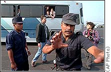 Mexico's GESTAPO-like Immigration Agents working.